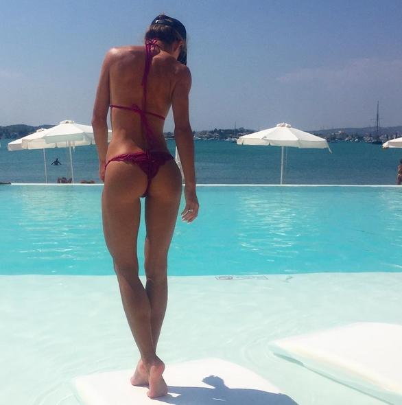 Trenerka fitness, Ewa Chodakowska, pokazała w sieci swoje nienaganne kształty [ZDJĘCIA]