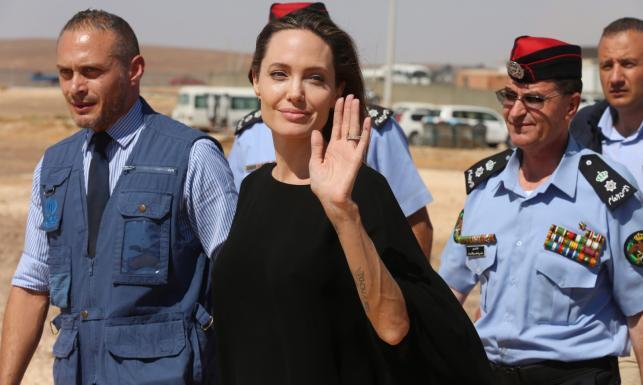 Angelina Jolie z wizytą w obozie syryjskich uchodźców. \