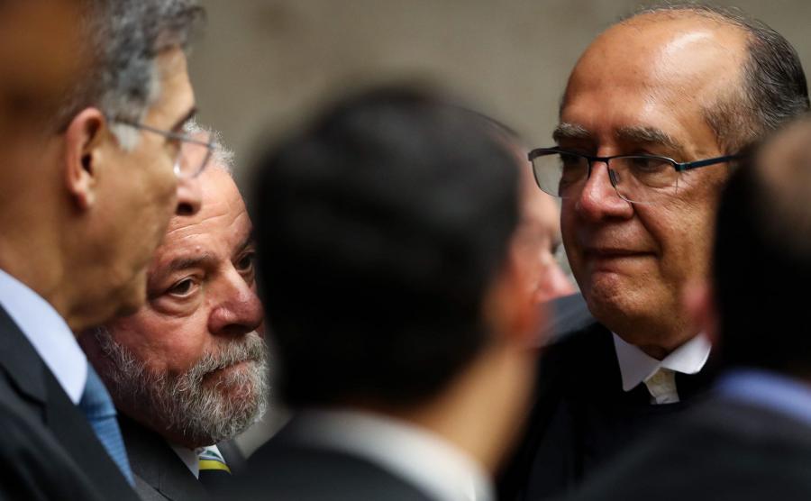 Były prezydent Lula da Silva (drugi z lewej)