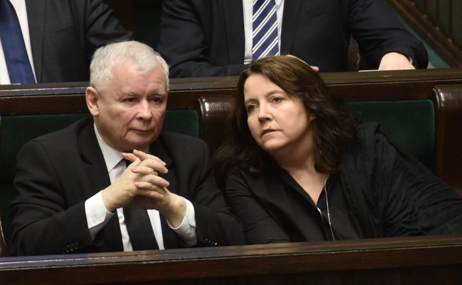 Jarosław Kaczyński i Joanna Lichocka w ławach poselskich w Sejmie