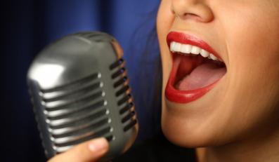 Rząd zakazał śpiewania z playbacku