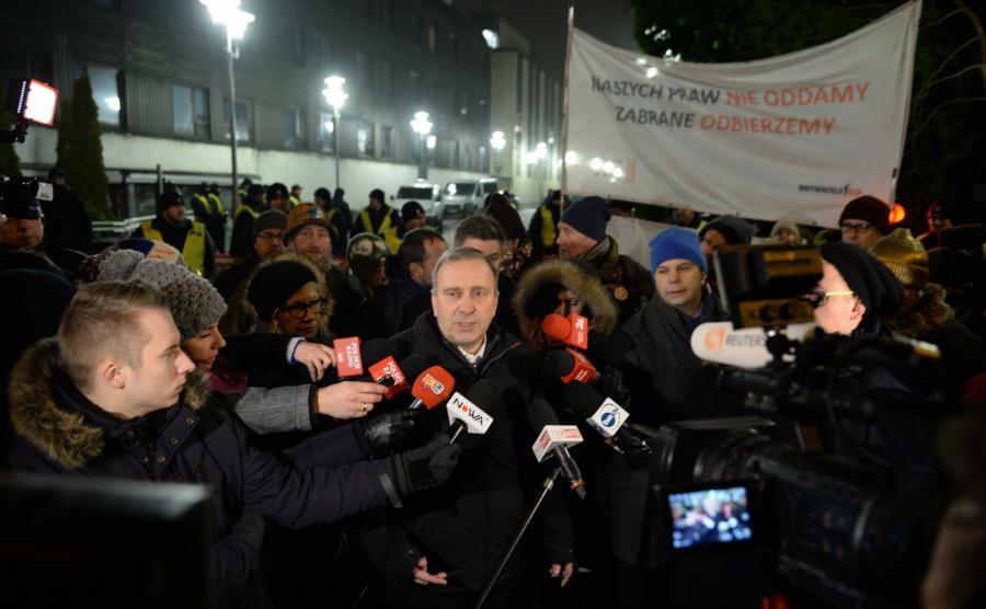 Protest przed Sejmem