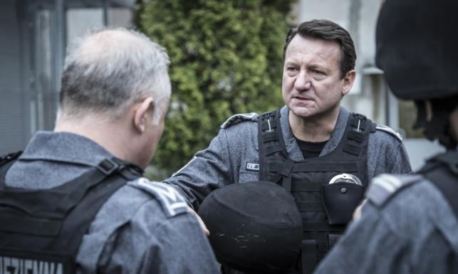 Janusz Gajos oraz Robert Więckiewicz w premierze kinowej. \