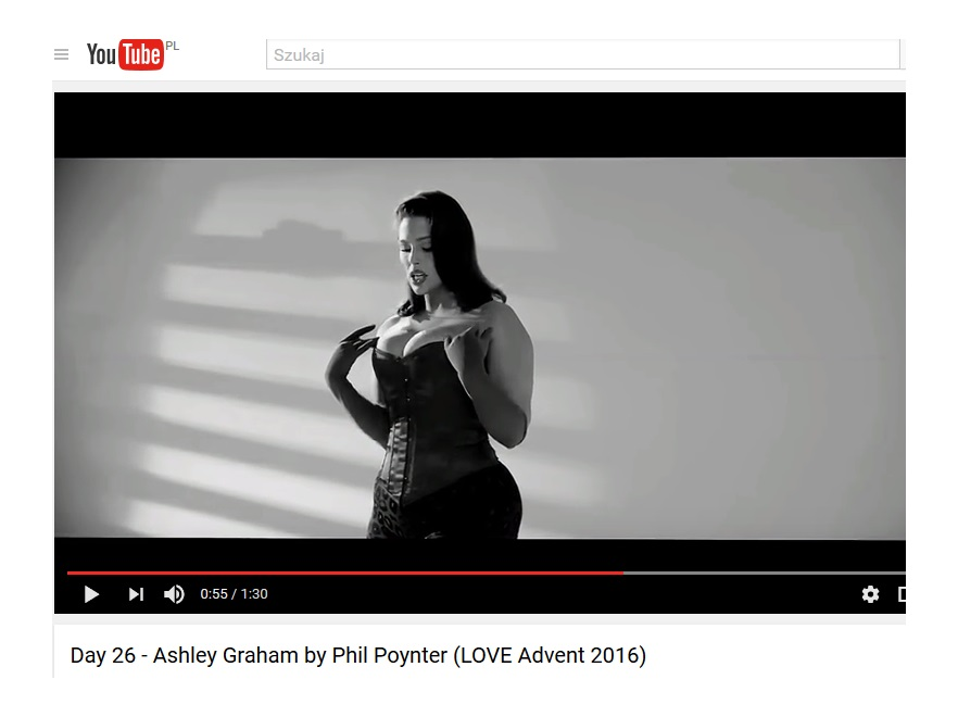 Ashley Graham love advent 2016