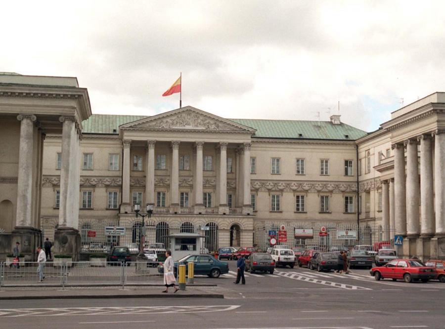Kosztowne podróże warszawskich urzędników